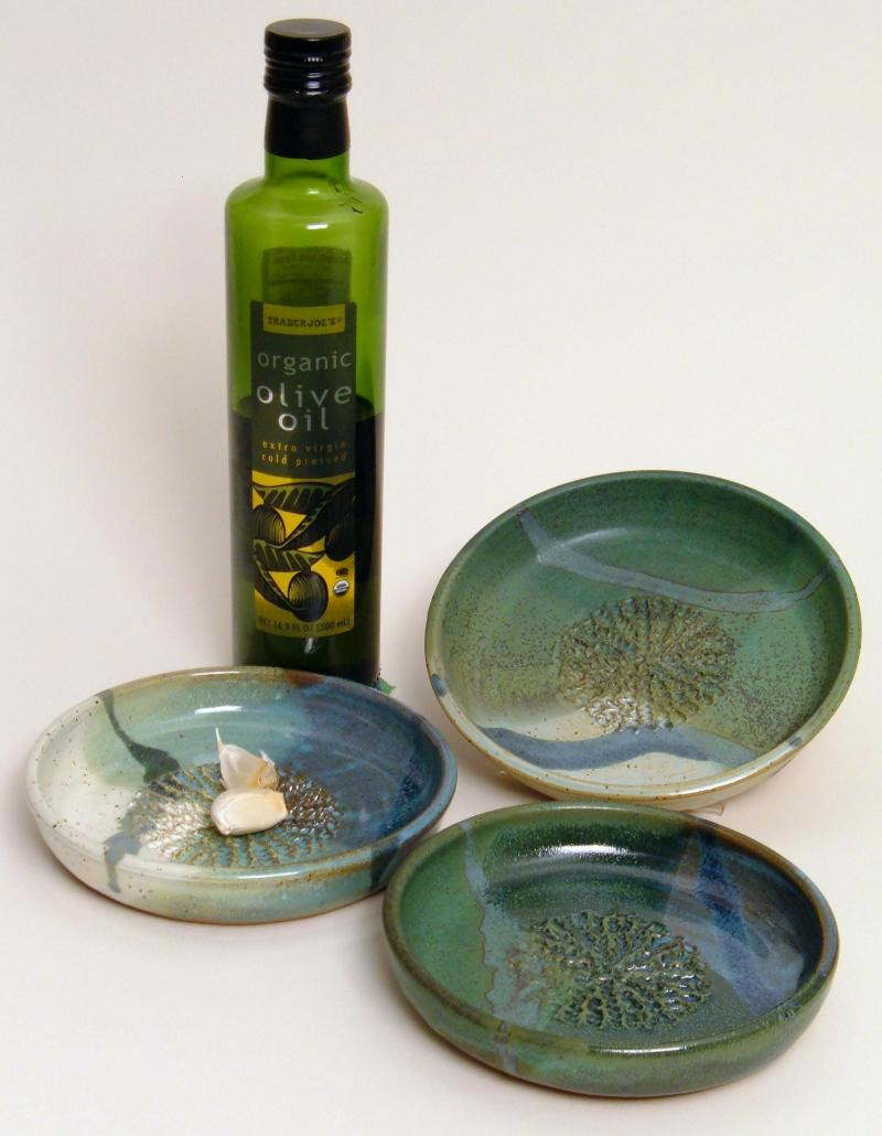 Garlic grating olive oil dipping dish